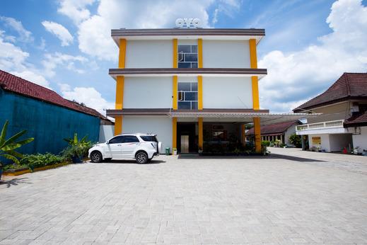 OYO 3207 Hotel Gracia Bandar Lampung - Facade