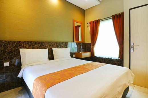 Lembayung Sari Homestay Bali - room