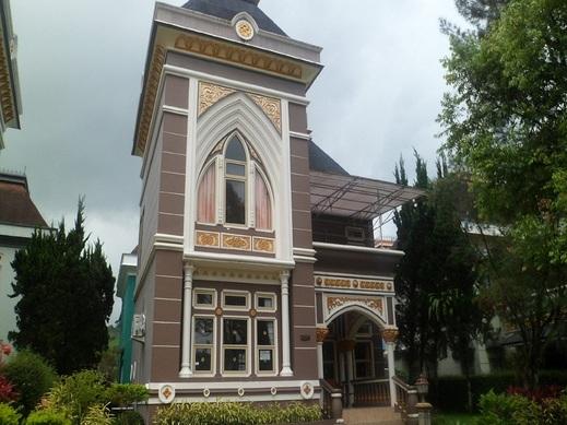 Santibi's Villa Kota Bunga Swiss Cianjur - exterior