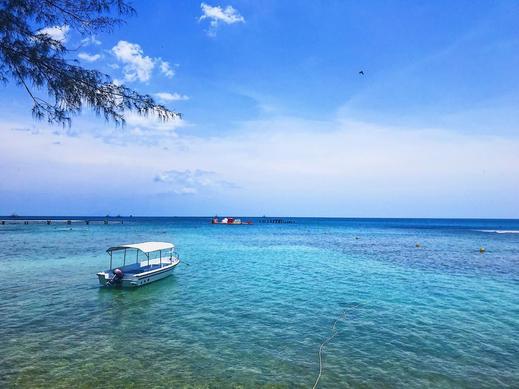 Green Coral Beach Camping Ground Tanjung Lesung Pandeglang - Pemandangan Laut