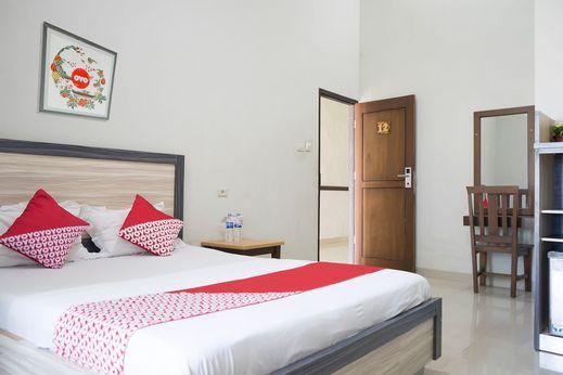OYO 1283 Guest House Loemajan Jambi - Bedroom