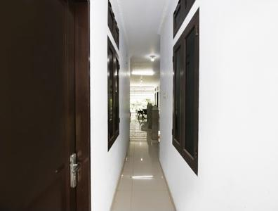 Airy Eco Syariah Pondok Cabe Merica 1 Tangerang Selatan - Corridor