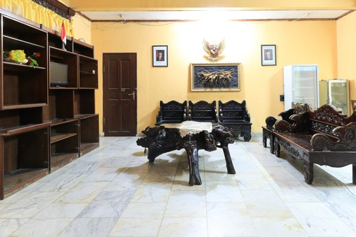 Hotel Sinderella Balikpapan - Surrounding