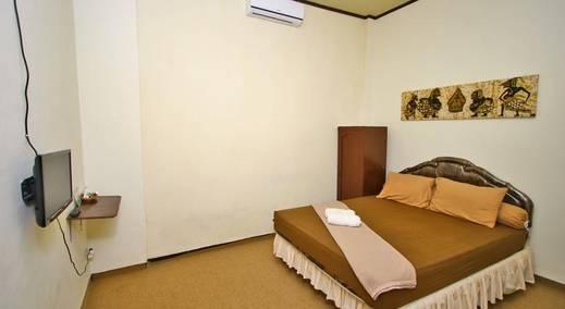 Pesona Artha Guest House Jogja - Kamar Tamu