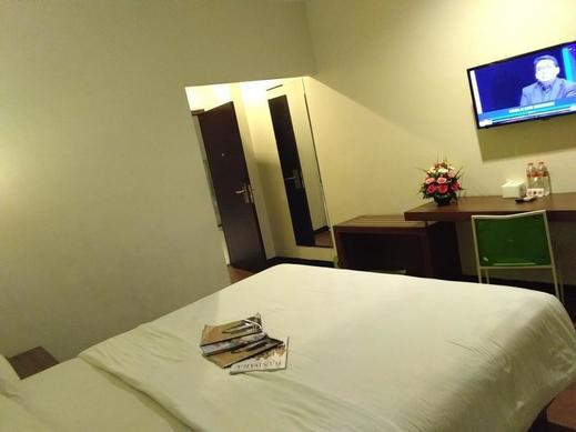 Hotel Candi Indah-AKPOL Semarang Semarang - SMART ROOM
