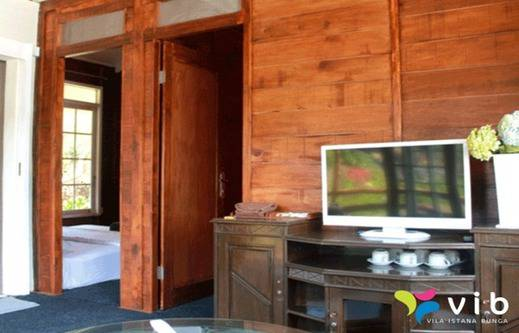 Villa Wood Istana Bunga - Lembang Bandung Bandung - Interior
