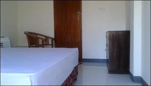 Tarsan Backpacker Manggarai Barat - room