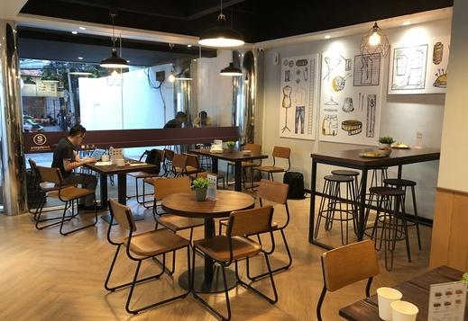 Simple Inn Hotel Wahid Hasyim Jakarta - Restaurant