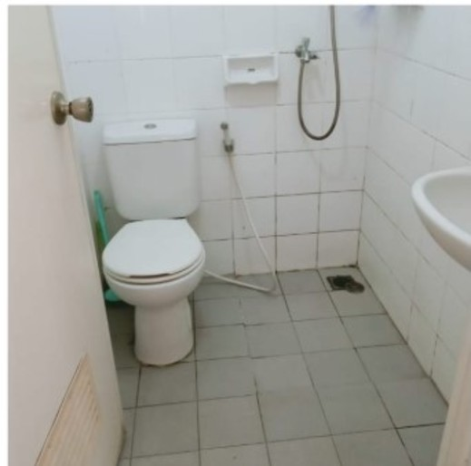 Dinda Apartment Serpong Green View Tangerang Selatan - Bathroom