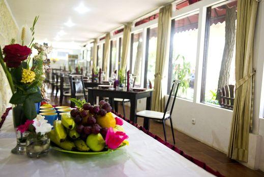 Toetie Boutique Villa & Resort Malang - Cafe