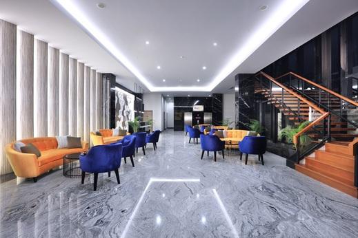 Quest Cikarang by ASTON Bekasi - Lobby Lounge