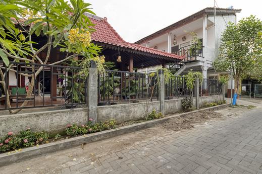 RedDoorz Syariah Near Wijilan 2 Yogyakarta Yogyakarta - Photo