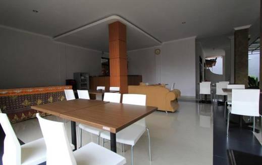 The Kutaya Bali - Ruang tamu