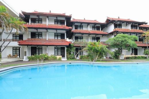 Hotel Oranjje Bali - Pool