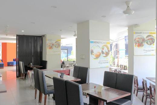 Airy Istana Kuta Galeria Patih Jelantik Bali - Restaurant
