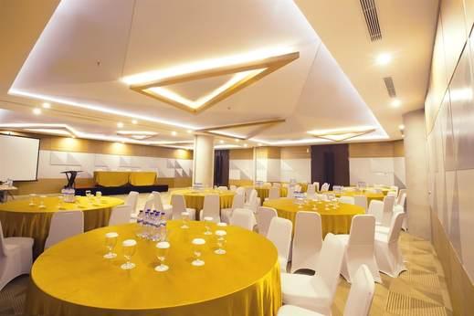 Golden Tulip Pontianak - Meeting Facility
