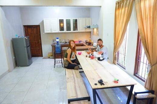 Oke Baik Hostel Yogyakarta - dining room