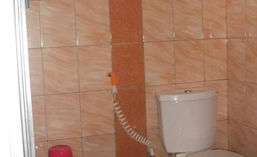Wisma Anggrek Palangkaraya - Kamar mandi
