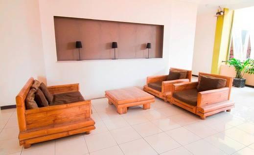 Hotel Jawa 22 Surabaya - Living room