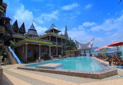 Samosir Cottages Resort Danau Toba - Kolam Renang