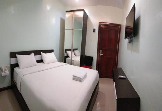 Wisma DLS Sindoro Medan - Room