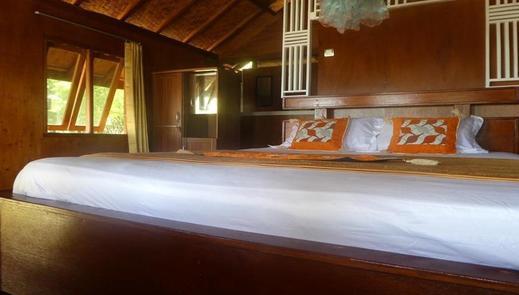 Maryan Moyo Bungalows Sumbawa - Room