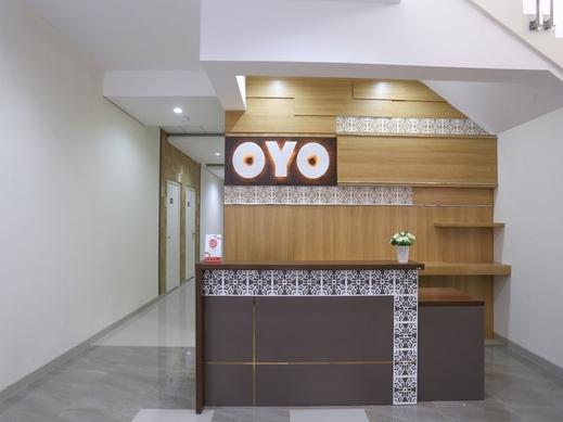 OYO 999 Garuda Guesthouse Jogja - reception
