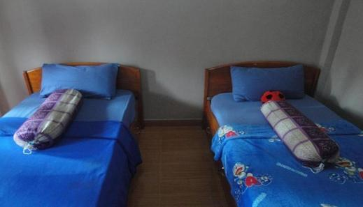 Link Homestay Food and Drinks Lombok - Bedroom