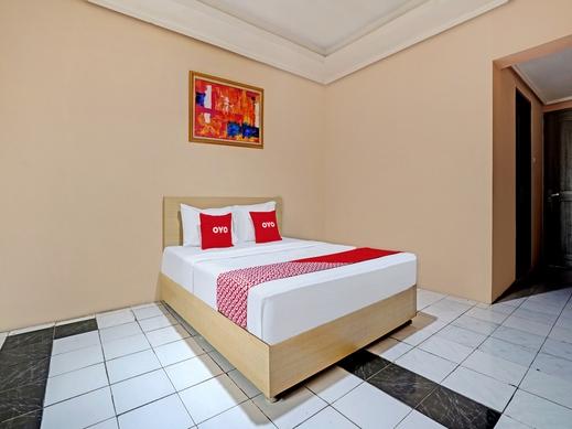 OYO 3953 Hotel Catellya II Cipaku Bandung - Bedroom