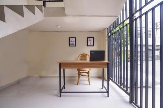 OYO 1490 Green Homestay Syariah Palembang - Reception