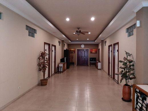 U Village Hotel Bandung Bandung - Corridor
