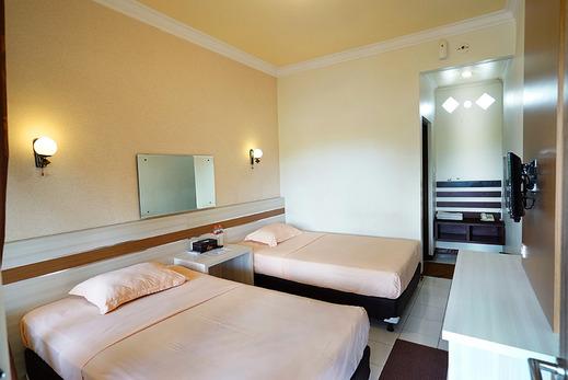 Patria Plaza Hotel Blitar - Kamar Super Deluxe dengan 2 Tempat tidur