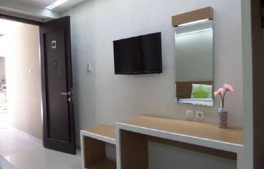 Tinggal Standard Malang Jalan Lasem Klojen - Fasilitas Kamar