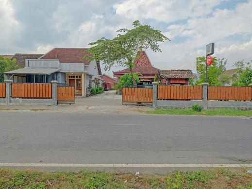 OYO 90354 Ndalem Sabine Syariah Jogja - Facade