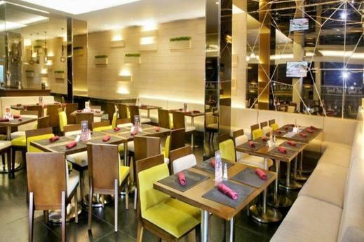 Grand Zuri Muara Enim - Restoran