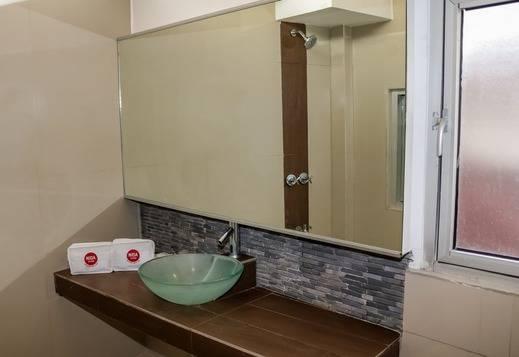 NIDA Rooms Tanah Abang Kebon Kacang Jakarta - Kamar mandi