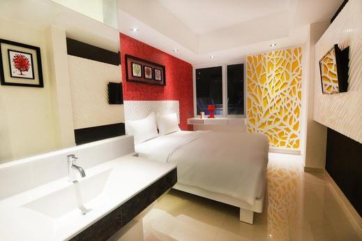 Karebosi Condotel Makassar Makassar - Bedroom
