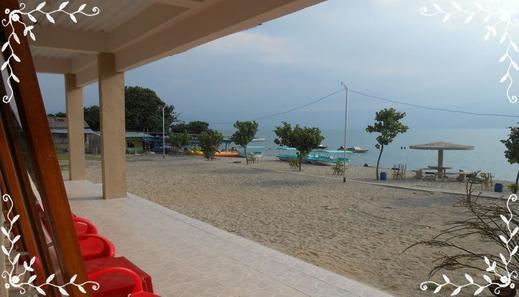 Raja Hotel Samosir Danau Toba - View
