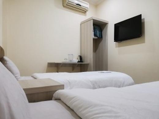 Hotel Nusantara Tanah Abang - kamar