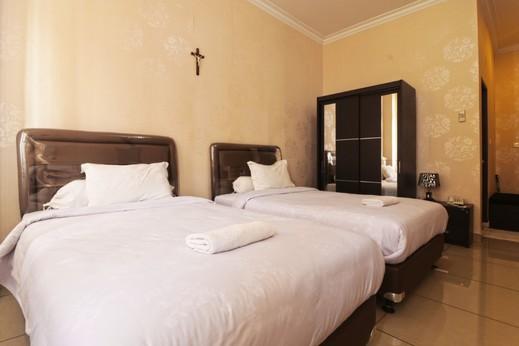 Oase GuestHouse Medan Medan - ROOMS