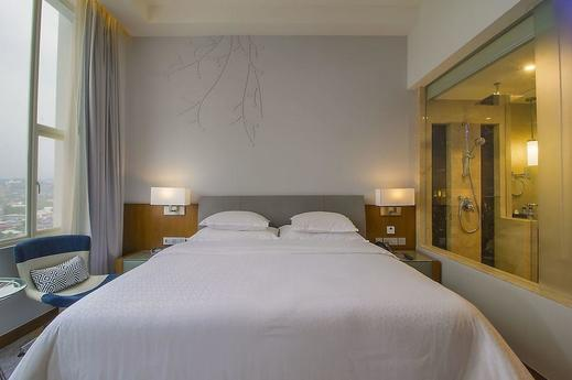 Four Points by Sheraton Manado - Guestroom