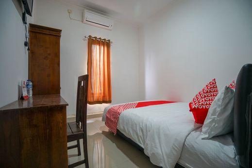 OYO 1586 Kerangga Homestay Syariah Palembang - Bedroom
