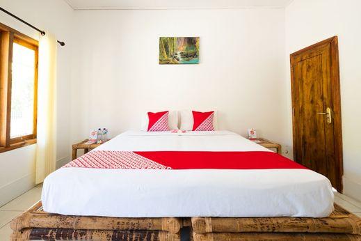 OYO 1306 Sammy Homestay Lombok - Bedroom