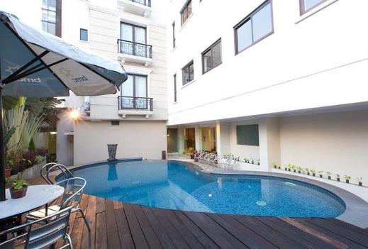 Asmila Hotel Bandung - Swimming Pool