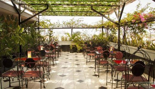 Hotel New Idola Jakarta - Lounge