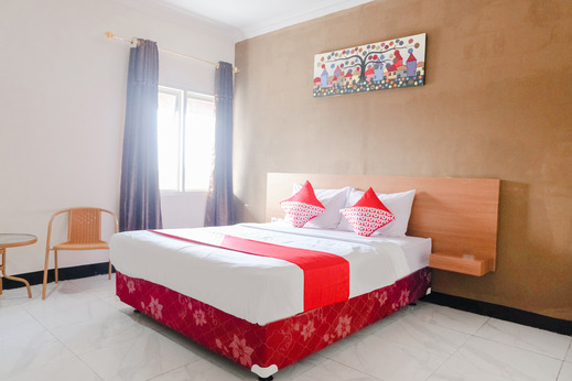OYO 888 Grand Ijen Guest House Malang - Bedroom