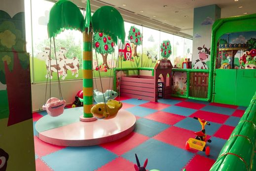 Grand Edge Hotel Semarang - Childrens Play Area - Indoor