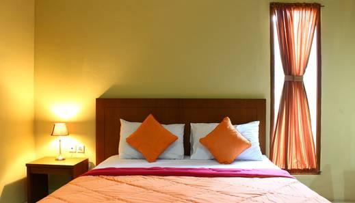 Bukit Gumati Hotel Bogor - 9
