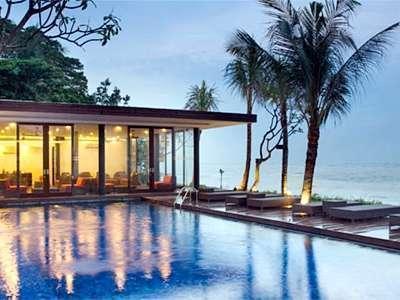 Beachfront Suites Bali -