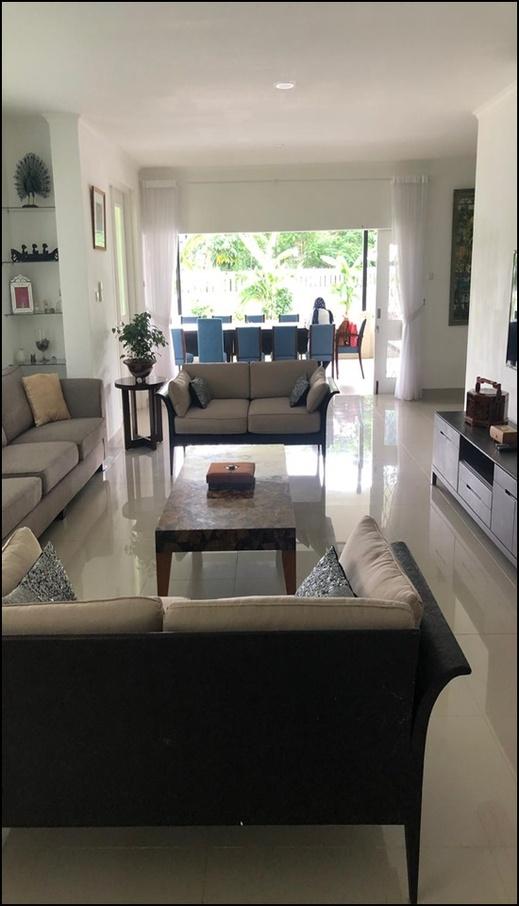 Rumatata Villa Jakarta - interior
